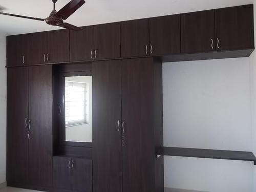 Wardrobe design with tv unit wadrobe banglore for Dressing unit design