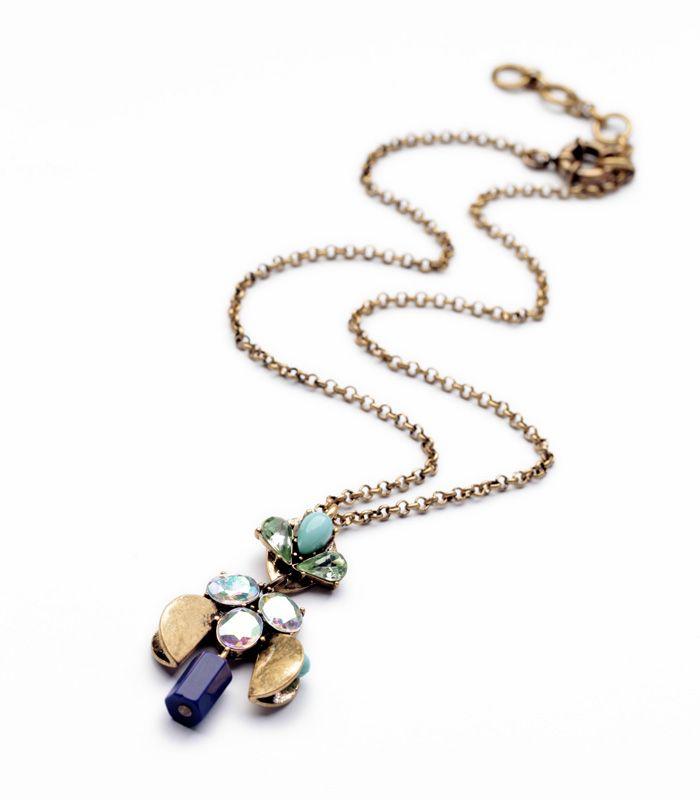 bijoux fantaisie de créateur femme #bijoux #colliers #bracelets #bagues