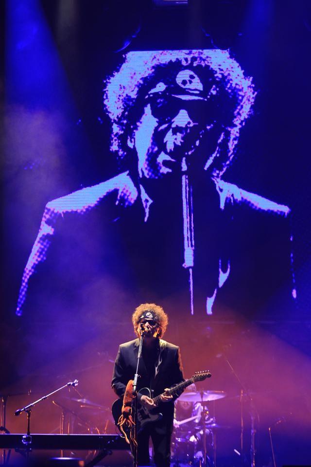Andrés Calamaro estuvo en Lima y brindó un concierto en el Estadio Monumental.