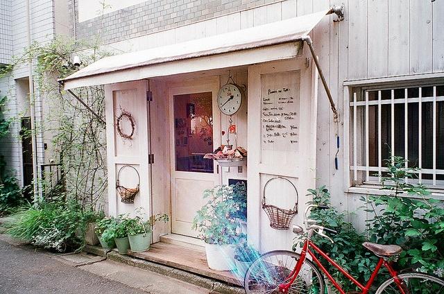 : Bicycles, Stores Design, Flower Shops, Dream Shops, Retail Display, Fashion Blog, Shopfront, Display Windows, Shops Front