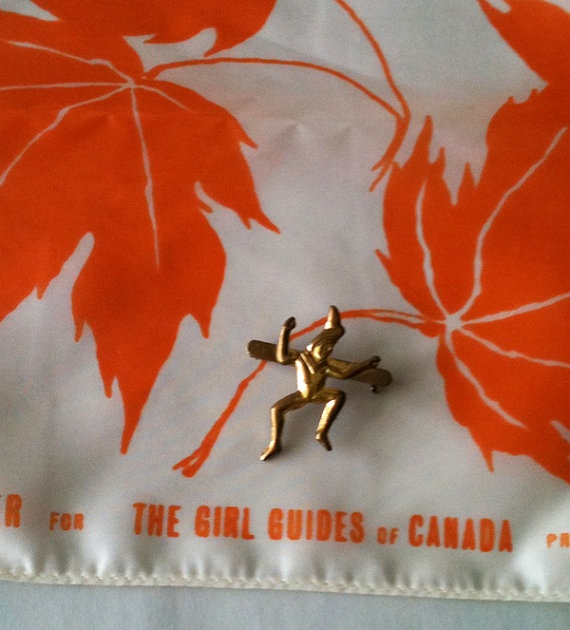 Vintage Girl Guides of Canada Scarf & Brownie Pin by RetroJunction, $18.00