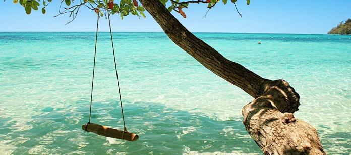 På Koh Lanta finner du lugnet. En favorit bland svenska barnfamiljer. Vandra på de kilometerlånga stränderna, ät gott på restauranger och bo i en bungalow närmare stranden. Eller bo på Vings familjevänliga Lanta Beach Resort.