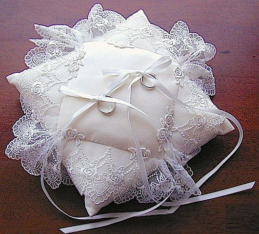 ateliersarah's ring pillow/Zexy