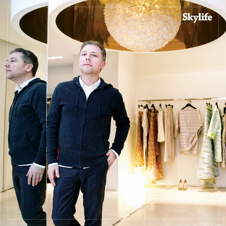 We interviewed Atıl Kutoğlu who creates the Ottoman essence in Paris Fashion Week.