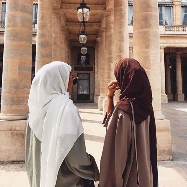 WEBSTA @chichijab Tag your best friend ❤️❤️ follow/like/comment for a chance to be featured on @chichijab