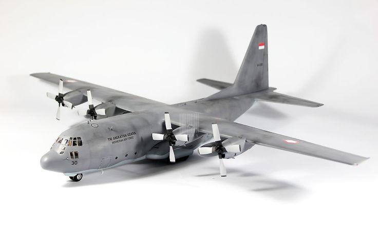 Model Kit Pesawat C-130H Hercules TNI-AU