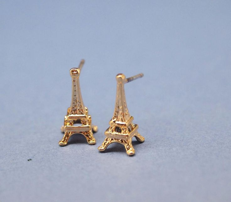 Eiffel Tower studs earrings in Gold / sterling