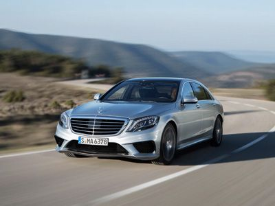 Mercedes Benz S63 AMG breaks cover...