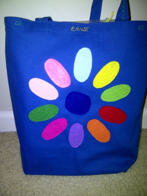 Daisy petal girl scout bag craft girl scouts daisies for Girl scout daisy craft ideas
