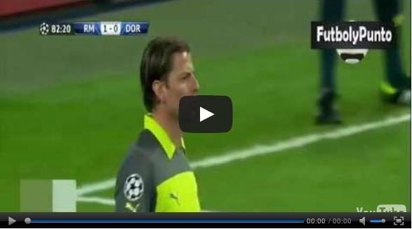 Video del resumen y goles entre Real Madrid vs Borussia Dortmund partido correspondiente a la vuelta de la Semifinal Champions League 2013. Marcador Final: Real Madrid 2-0 Borussia Dortmund.  http://envivoporinternet.net/resumen-y-goles-real-madrid-vs-borussia-dortmund-2-0-champions-league-2013/