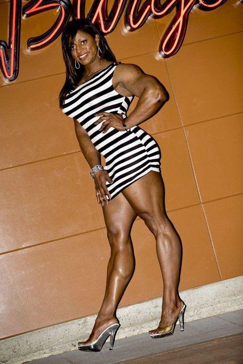 Monique Jones | MUSCLE GODDESSES - Thank God For Steroids