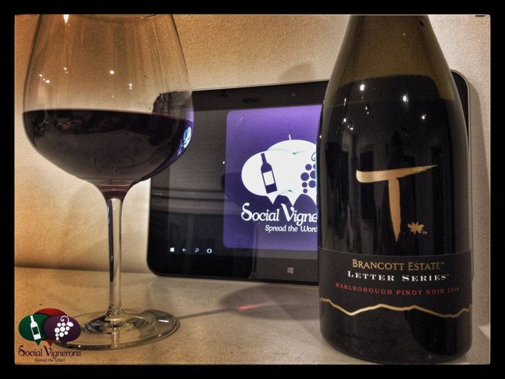 Score 92/100 Wine review and tasting notes of 2014 Brancott Estate Letter Series Pinot Noir, Marlborough, New Zealand. Food matching, drinking window, info