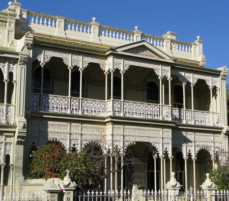 Melbourne Terrace II Matou en Peluche