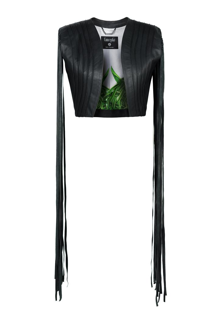 BLACK C VEST The fringes will make you stand out. BLACK C vest is the item you need for a latest fashion upgraded look. #Conceptoline