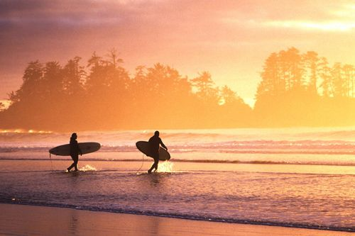Chesterman Beach, Tofino, British Columbia. Cold water surf town. Pacific waves, surrounded by rain forest, glaciers, mountains... heaven.