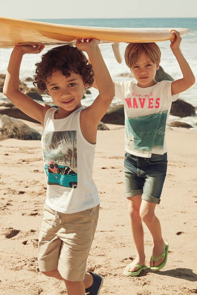 Summer inspiration for their beach outings. | H&M Kids