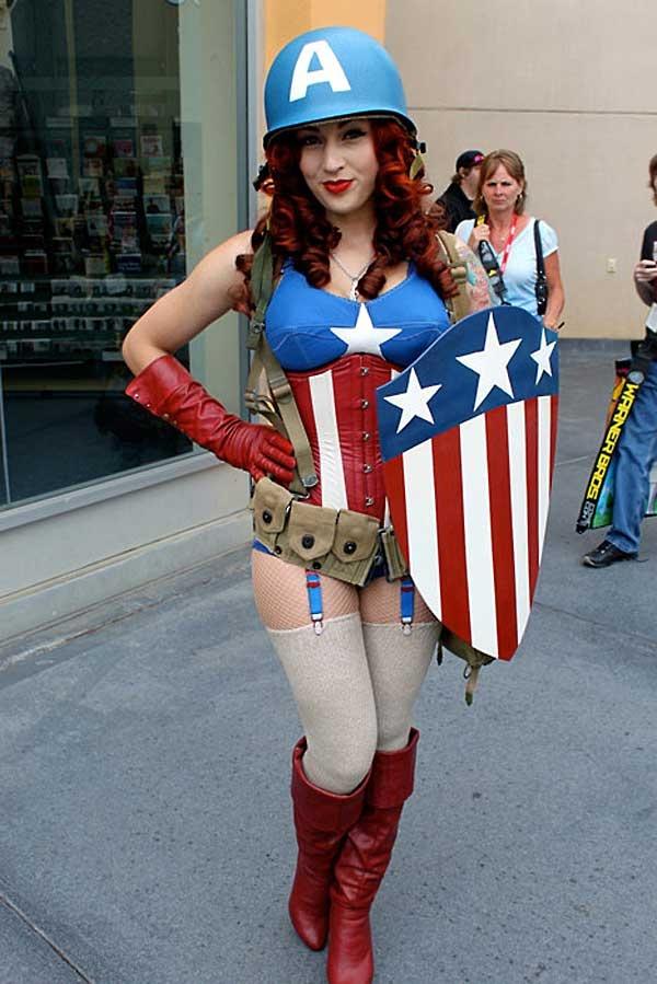 nude-american-cosplay-girls