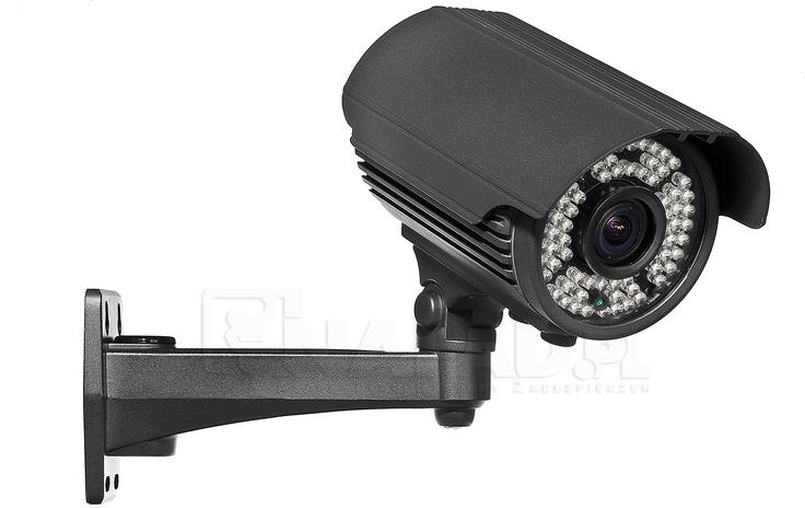 Kamera do CCTV AT VI700E z oświetlaczem IR. Przetwornik 1/3 SONY Effio 650/700TVL Regulowany obiektyw 2.8-12mm Funkcje: ATW AWB BLC AGC AES ATR NR HLC. Idealna kamera do monitoringu VI700E posiada mocny promiennik IR oraz ekranowe menu OSD. Jakość rejestracji obrazu w nocy gwarantuje dodatkowo szereg zaawansowanych funkcji korekcji obrazu. Precyzyjnie regulowany obiektyw pozwala dostosować obserwację do wymogów konkretnego miejsca. Wytrzymałość kamery IP66. Zobacz inne kamery…