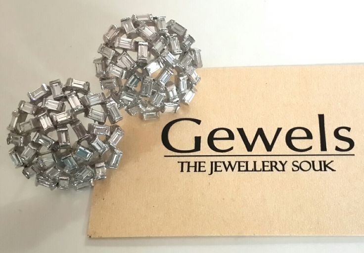 Silver based American diamond earrings,22kt Gold and Rhodim played,life long service of reposlishing incase jewellery turns black. Gewels- experience luxury gewels#jewels#jeweller#degner#earrings#jewellery# purchase related queries mail us on gewelsdesign@gmail.com