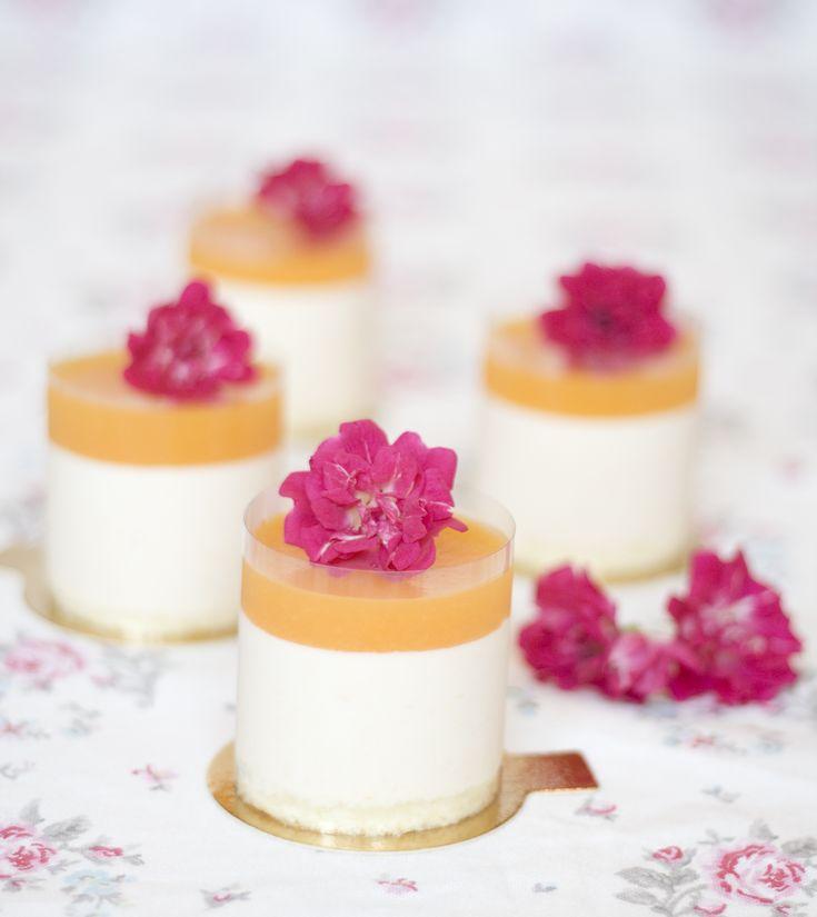 peach-cream-cake