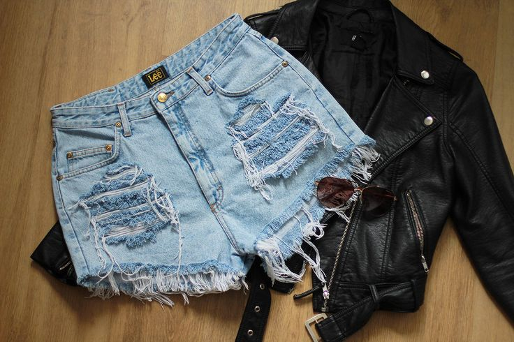 LEE Denim Shorts High Waisted Jeans Vintage Destroyed Ripped