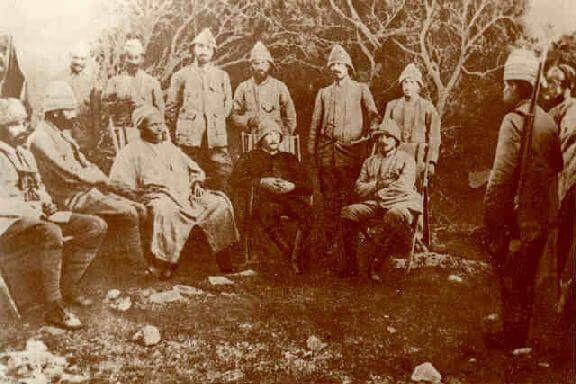 Balkan Savasi esnasinda Ataturk ve Huseyin Rauf Orbay ile, 1912