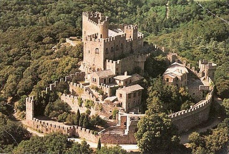 Castillo de Requesens- Gerona Spain