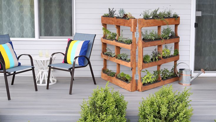 How To Build Your Own Vertical Garden With Shipping 400 x 300