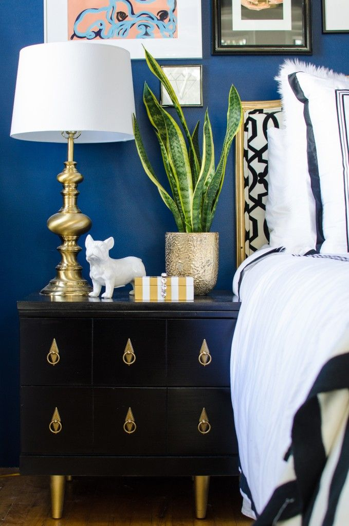 black & gold midcentury nightstands spruced up with some fab hardware and paint!
