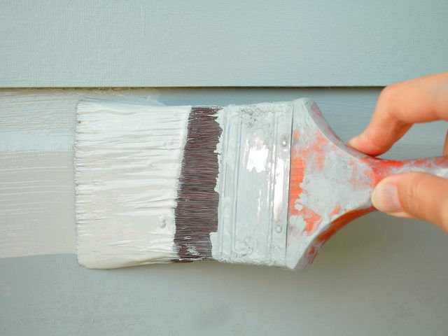 The Best Way To Paint Aluminum Siding Siding Paint Fiber Cement Siding Painting Aluminum Siding