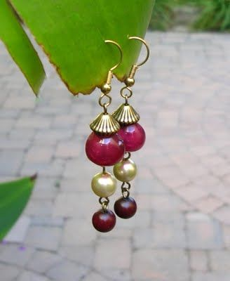 jewelry out of plastic grapes...just found a use for my grandmother's stash of fake fruit tee hee heeJewelry Tutorials, Rubber Grape, Tutorials Diy, Earrings Ideas, Upcycling Rubber, Plastic Grape, Diy Earrings, Jewelry Earrings, Grape Jewelry