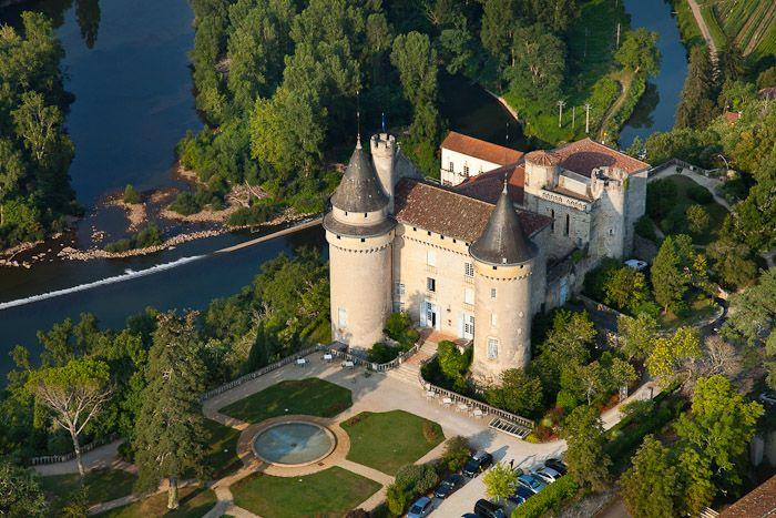 Château de Mercuès. #relaischateaux #mercues #chateau #castle