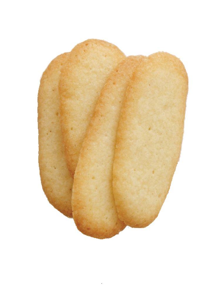 Recette de Ricardo de langues-de-chat.  Ces petits biscuits simples et rapides à préparer seront délicieux servis avec une tasse de chocolat mousse.