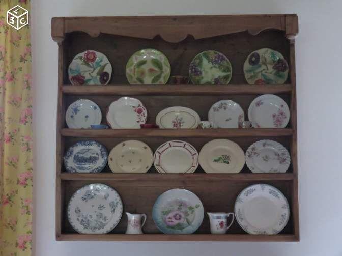 les 10 meilleures images propos de vaisselier mural sur pinterest brocante ikea et vintage. Black Bedroom Furniture Sets. Home Design Ideas