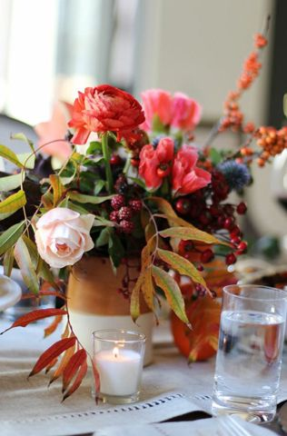 Fall bouquet with @Abbey Adique-Alarcon Phillips Mounier Choo // HonestlyYUM