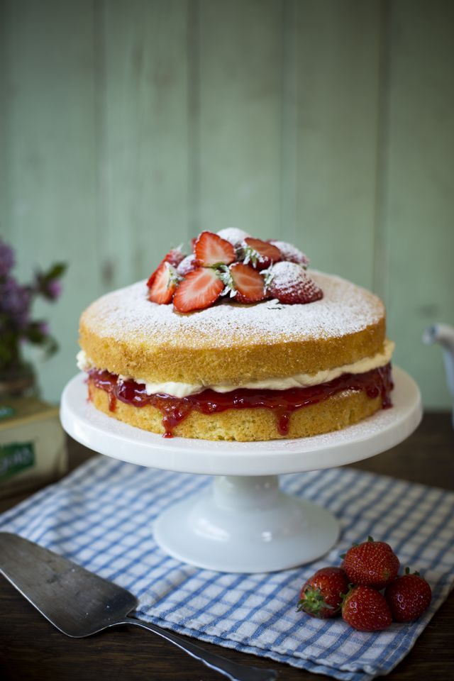Victoria Sponge-Just tried it, soooooo gooood! Simple, not too sweet, and beautiful.