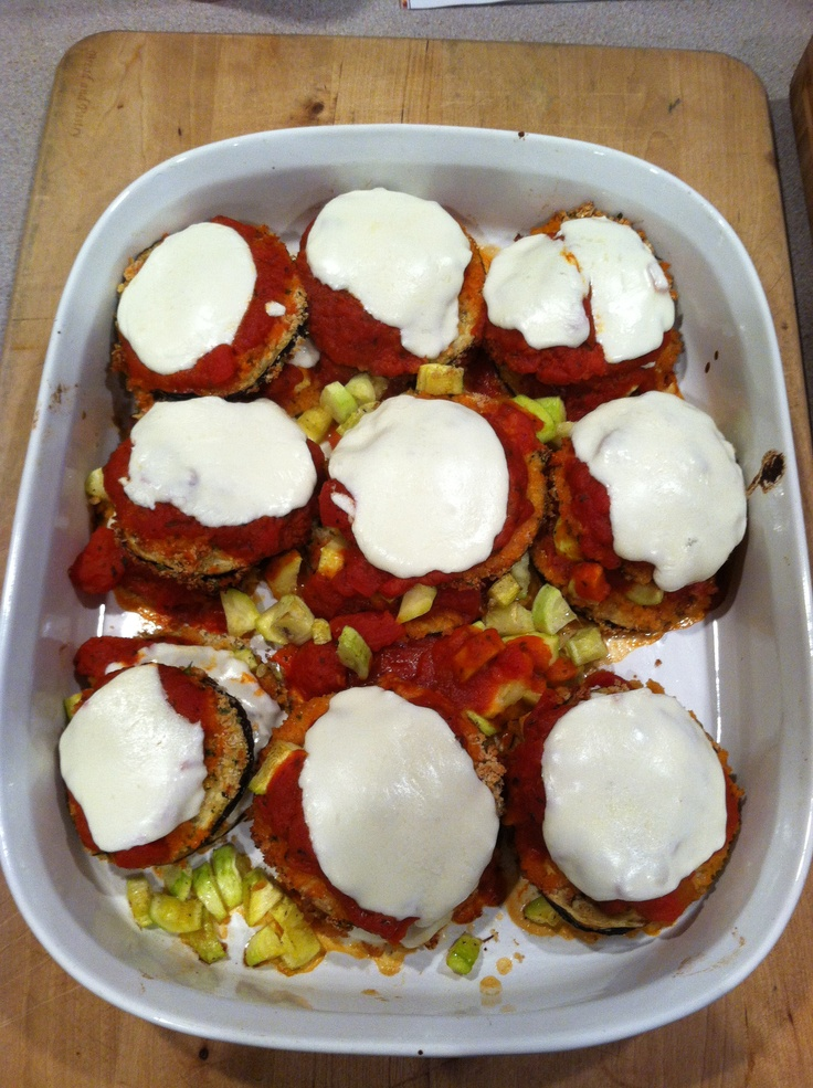 Baked Eggplant Stacks #vegetarian: Drinks Yummy, Side Dishes, Meals, Baking Eggplants, Maine Courses Sid, Drinks Food, Vegetarian, Eggplants Stacking, Courses Sid Dishes