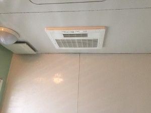 【練馬区にて浴室換気乾燥暖房機取付】