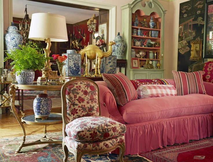 a beautiful room to wile away some hours with friends, a glass of wine or a good book