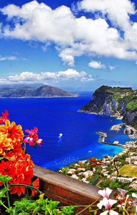 Остров Капри, Италия  #красота #пейзаж #природа #photography #nature #amazing #new #pictures #beautiful #naturek #landscape #beauty