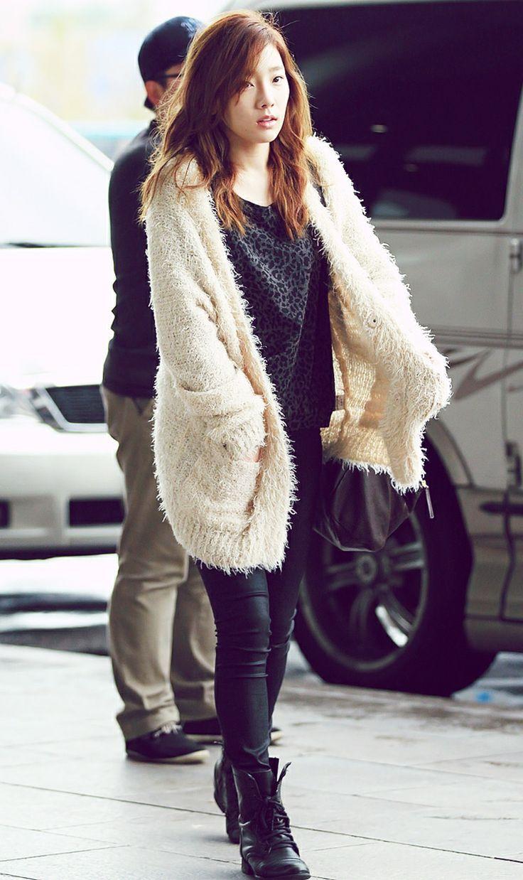 Taeyeon Airport Fashion Snsd Snsd Taeyeon Pinterest