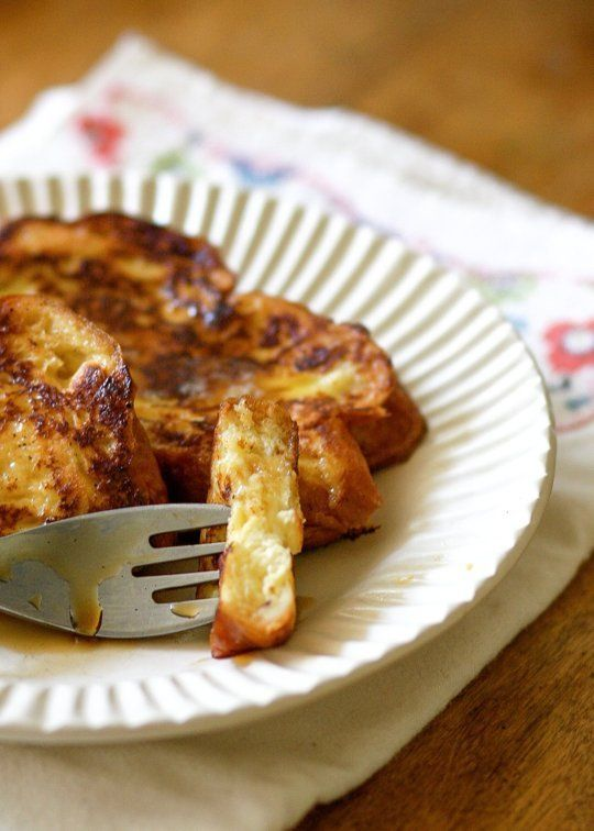 How To Make Great French Toast at Home — It isn't that difficult, or that messy, to make golden, crispy-edged, truly delicious French toast. Let me show you how.