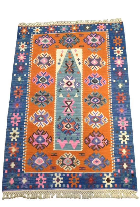 petit tapis oriental de chambre kilim ethnique orange et bleu livraison gratuite oriental. Black Bedroom Furniture Sets. Home Design Ideas