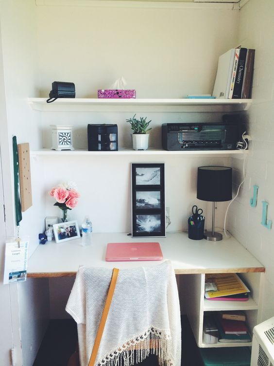 Who would have thought that college could be stressful before you even step foot on campus?! Planning out which dorm items you'll actually need can be incredibly overwhelming - what if you forget something important?! Yes, of course you could always...