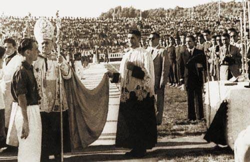 Opening of stadium #RamóndeCarranza #Cádiz #Spain (1955).