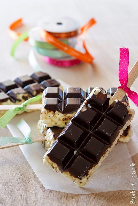 Ghiacciolini di riso soffiato al cioccolato - Brodo di coccole