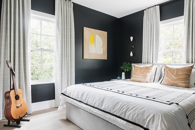 Southern Beach House With Modern Interiors Guest Bedroom Benjamin Moore Wrought Iron Paint Modern Interior Luxury Interior Design Interior Design