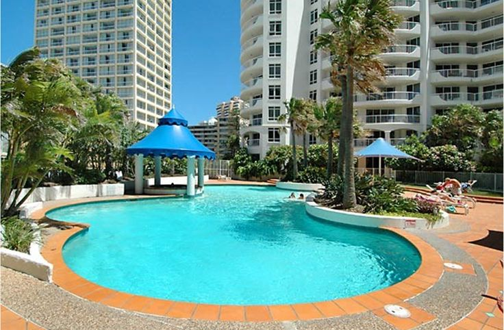 Gold Coast Holiday Rentals - Moroccan Resort - Surfers Paradise
