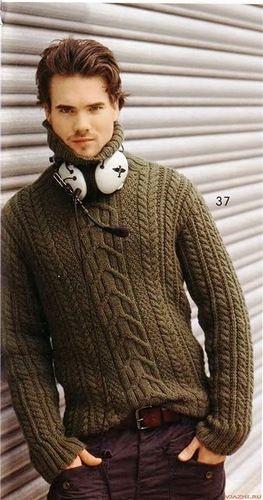 Косы цвета хаки. Мужской свитер спицами