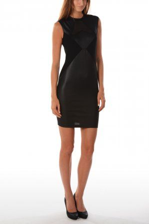Guess jurk Meritzel Dress Jet Black W34K24 Jet Black » JeansandFashion.com